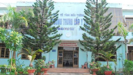 Dau thau tai Truong Trung cap Y te Soc Trang co sai sot - Anh 1