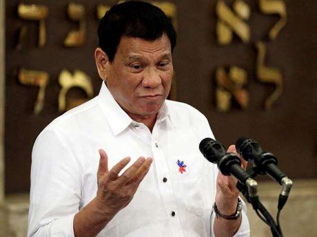 Tong thong Philippines: Khong co chuyen phu nu me toi o tuoi nay! - Anh 2
