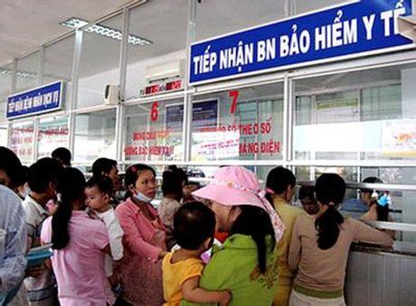 """Phong kham tu bo xuat trinh the BHYT de """"lay long"""" khach - Anh 2"""