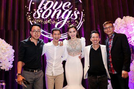 Bi Tien Cookie 'la', Ho Ngoc Ha cong khai gui loi xin loi giua dem nhac dac biet - Anh 14