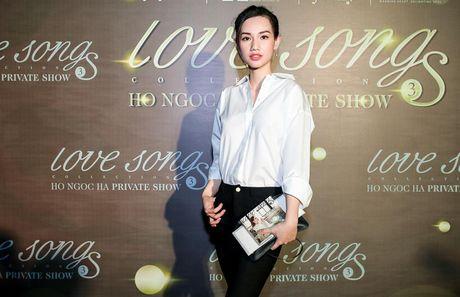 Bi Tien Cookie 'la', Ho Ngoc Ha cong khai gui loi xin loi giua dem nhac dac biet - Anh 27