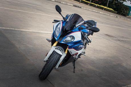 Sieu mo to BMW S1000RR len tem M Series tai Sai Gon - Anh 3