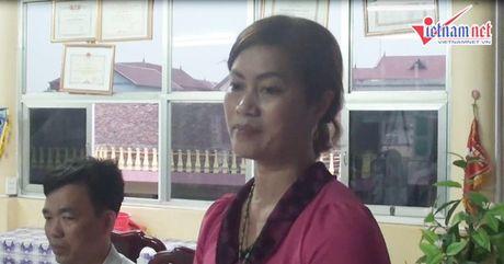 Phu huynh quay hieu truong vi cho tre an com song - Anh 3