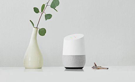 Google chinh thuc cong bo gia ban cua Google Home, re hon doi thu truc tiep Amazon Echo - Anh 1