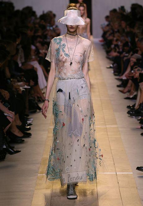 'Cu lot xac' ngoan muc cua Dior - Anh 24
