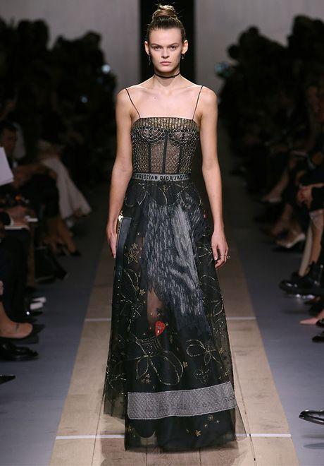'Cu lot xac' ngoan muc cua Dior - Anh 28