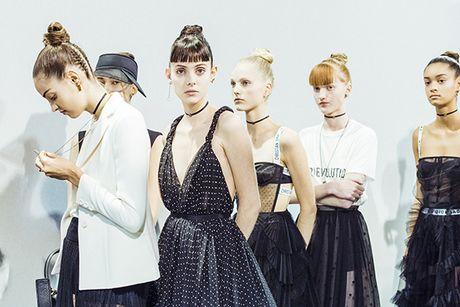 'Cu lot xac' ngoan muc cua Dior - Anh 3
