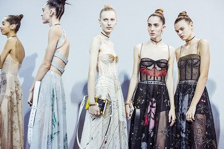 'Cu lot xac' ngoan muc cua Dior - Anh 6