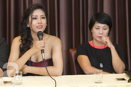 Nhan sac Viet Nam thi Miss Grand International khoe vai tran quyen ru - Anh 4