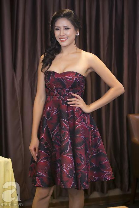 Nhan sac Viet Nam thi Miss Grand International khoe vai tran quyen ru - Anh 5