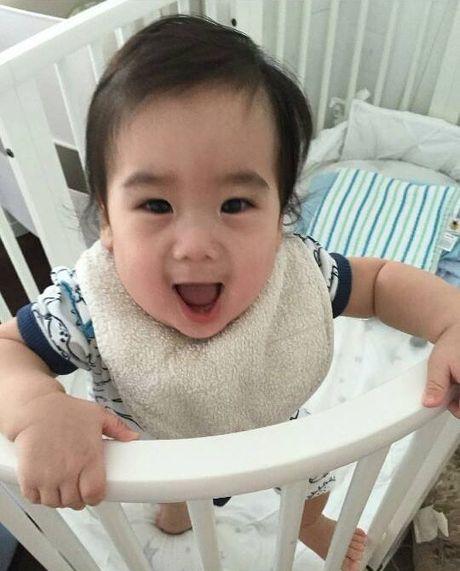 Ngam khong biet chan 2 con trai song sinh cua Lam Chi Dinh - Anh 13