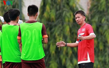 HLV Hoang Anh Tuan: 'U19 VN se cong hien het minh tai giai chau A' - Anh 1