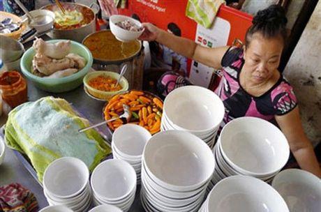 Bun mang chao chui co phai la vo van hoa - Anh 1