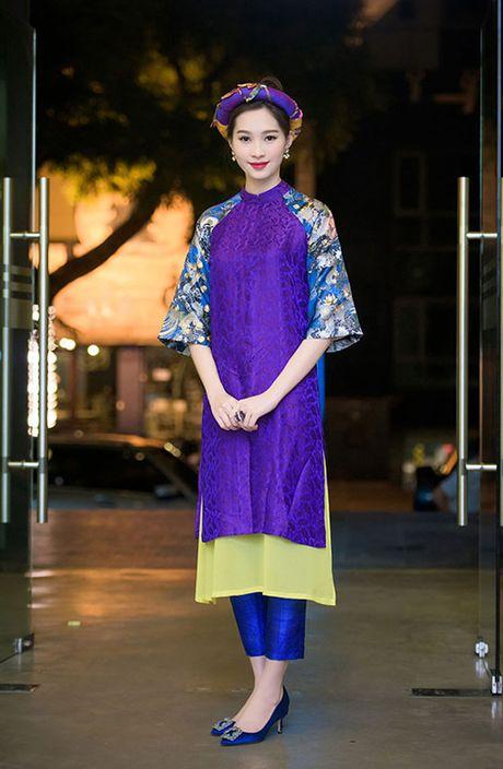 Hoa hau Thu Thao: 'Tay choi' hang hieu kin tieng cua Vbiz - Anh 10