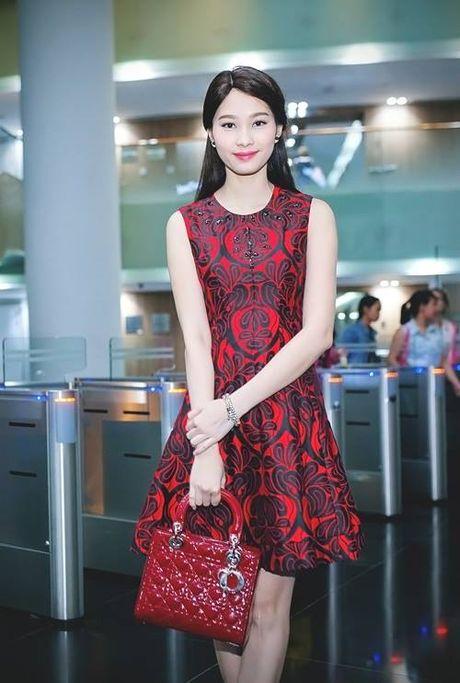 Hoa hau Thu Thao: 'Tay choi' hang hieu kin tieng cua Vbiz - Anh 1