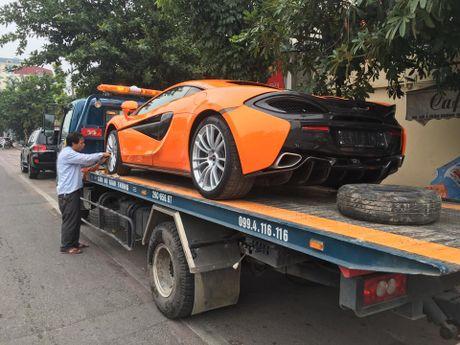 Chan pho phuong Ha thanh, McLaren 570S thu 2 tai Viet Nam duoc cho Nam tien - Anh 2