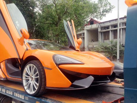 Chan pho phuong Ha thanh, McLaren 570S thu 2 tai Viet Nam duoc cho Nam tien - Anh 5