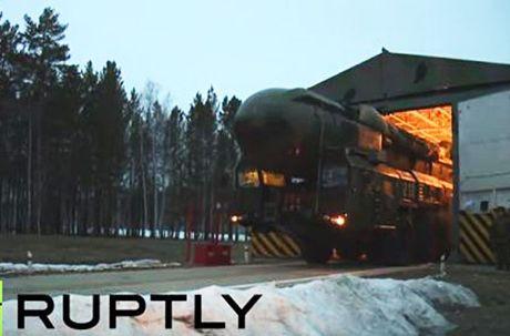 Kinh hoang: Ten lua dan dao Sarmat Nga ban xa 17.000km - Anh 7