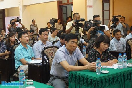 Gan 1.200 VDV gop mat tai Chung ket Giai chay Bao Hanoimoi mo rong - Anh 2