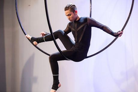 "Nhin lai hanh trinh ""Break the rules"" cua Vietnam's Next Top Model 2016 - Anh 3"