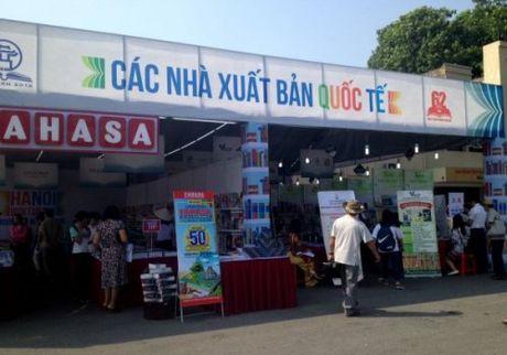 Viet Nam can dich nhieu sach ra tieng nuoc ngoai hon nua - Anh 3
