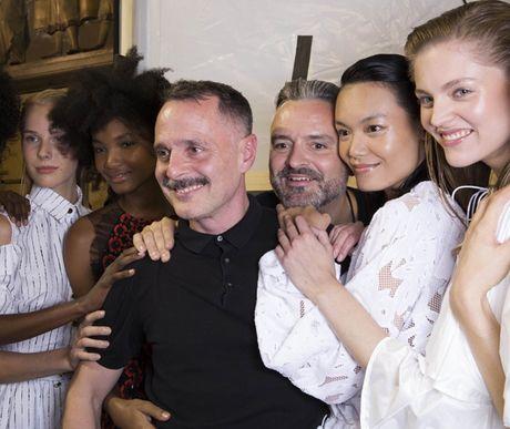 Thanh Thao Next Top sai buoc tren san dien Paris Fashion Week - Anh 3