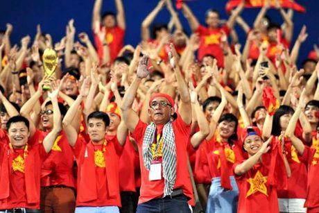 Phat sinh 'do khoc do cuoi' truoc tran Viet Nam vs Trieu Tien - Anh 2