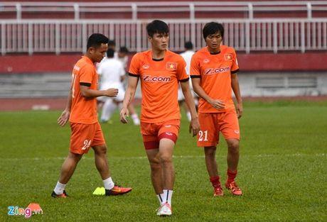 Viet Nam vs CHDCND Trieu Tien (0-1): Pak Wang Ryong mo ty so - Anh 1