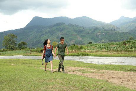 Angela Phuong Trinh hanh phuc nam tay 'nguoi tinh' Vo Canh - Anh 5
