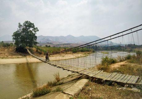 Chang Tay dep trai lai xe 3.500km doc Viet Nam suot 23 ngay - Anh 3