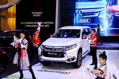 Mitsubishi Pajero Sport Premium hoan toan moi ra mat voi gia dat gap ruoi mau cu - Anh 1