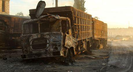 Vu tan cong doan xe LHQ tai Syria la man kich dan dung? - Anh 1