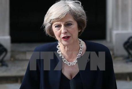 Thu tuong Theresa May chi trich chinh sach cua BoE - Anh 1