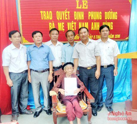 Doanh nghiep nhan phung duong 2 me Viet Nam anh hung o Dien Chau - Anh 1