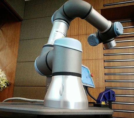Cong ty cung cap canh tay robot tuyen bo 'Viet Nam la thi truong tiem nang' - Anh 4