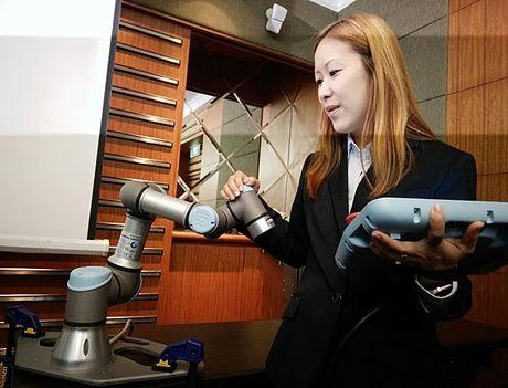 Cong ty cung cap canh tay robot tuyen bo 'Viet Nam la thi truong tiem nang' - Anh 8