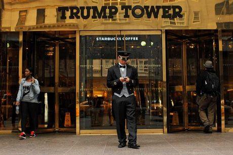 Vang giam gia: Tin hieu xau cho Donald Trump? - Anh 1