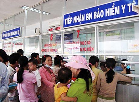 Thai Nguyen: Mat tran giam sat viec thuc hien chinh sach BHYT cho nguoi ngheo - Anh 1