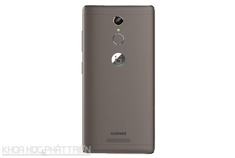 Smartphone selfie, RAM 3 GB, gia 4,49 trieu dong tai Viet Nam - Anh 24