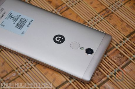 Smartphone selfie, RAM 3 GB, gia 4,49 trieu dong tai Viet Nam - Anh 25