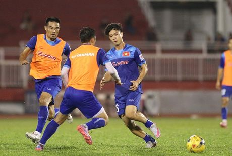 Tuyen Viet Nam vs Trieu Tien: Bai test dau cho AFF cup - Anh 2