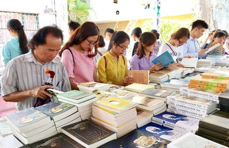 20 nha xuat ban nuoc ngoai tham gia Hoi sach Ha Noi - Anh 1
