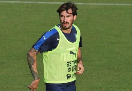 Ventura san sang 'danh bac' voi Romagnoli de ngan chan Tay Ban Nha - Anh 1