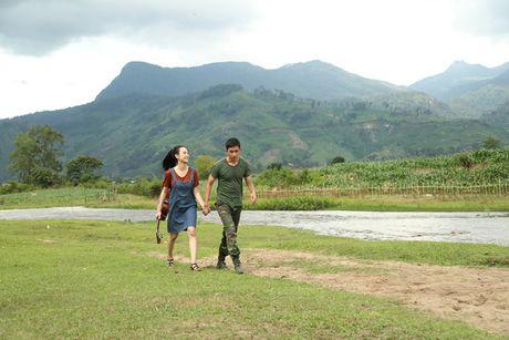 Angela Phuong Trinh hanh phuc nam tay 'nguoi tinh' Vo Canh - Anh 7