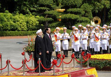 Hinh anh le don Tong thong Iran tham chinh thuc Viet Nam - Anh 4