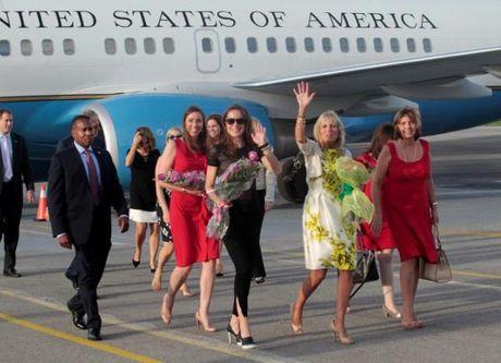Phu nhan cua Pho Tong thong My Joseph Biden tham Cuba - Anh 1