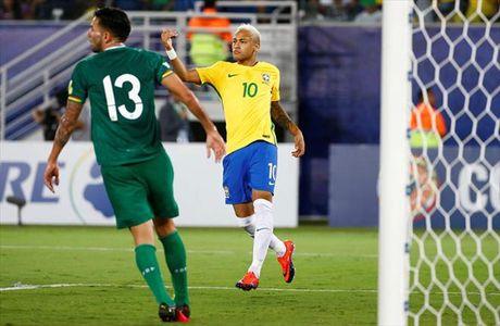 Neymar va cap song sat Liverpool lap cong, Brazil dai thang Bolivia - Anh 3