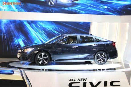 Can canh Honda Civic 2017 gia 'duoi 1 ty dong' tai VN - Anh 4