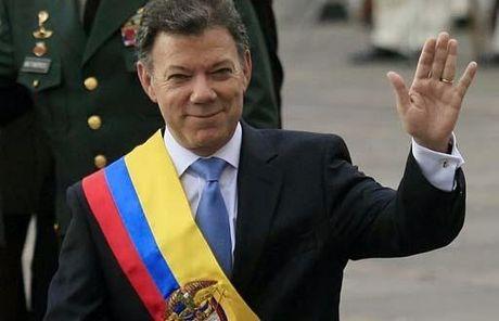 Tong thong Colombia Santos gianh Nobel Hoa binh - Anh 1