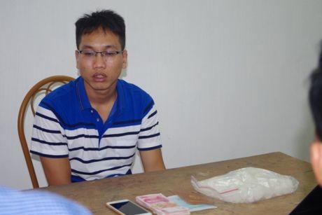 Hai doi tuong van chuyen hang nong chui chung 1 ro - Anh 2